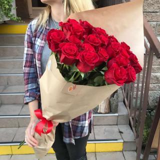 25 красных роз 80 см (Эквадор)