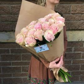 25 розовых роз 70 см (Эквадор)