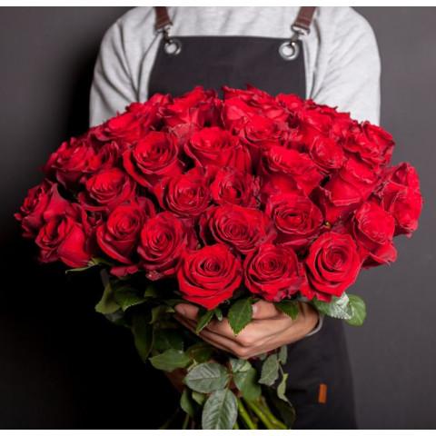 51 красная роза (Эквадор)