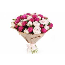 Букет из 51 розового пиона