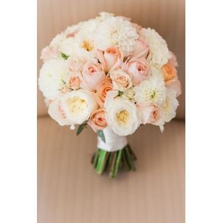 Кремовый свадебный букет