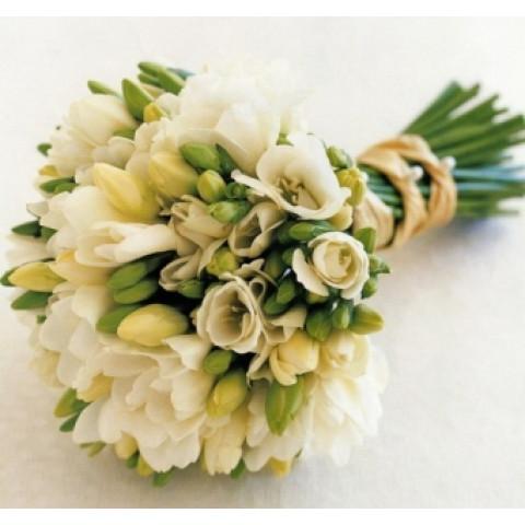 Свадебный букет белая фрезия