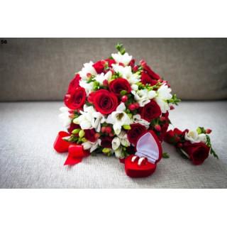 Свадебный букет красное белое