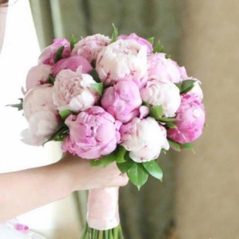 Свадебный букет невеста