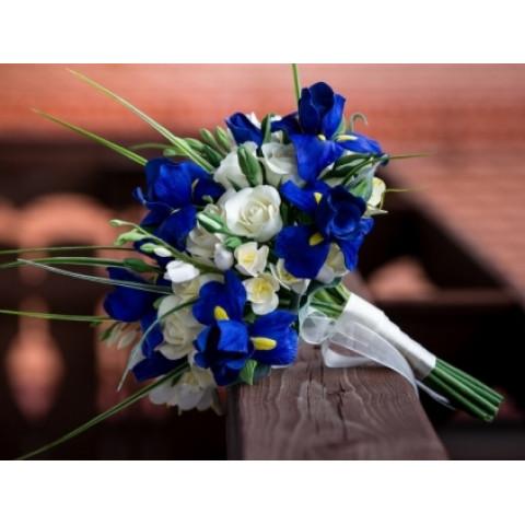 Свадебный букет с ирисами